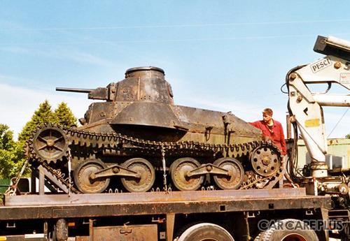 2005年に日本から英国に運ばれた九五式軽戦車
