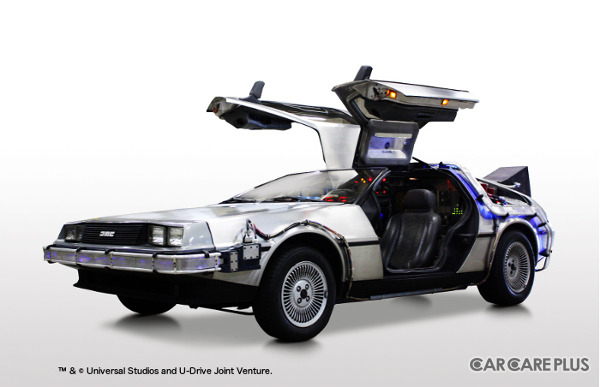 いまから34年前の1985年に公開された映画『バック・トゥ・ザ・フューチャー(BTTF)』の劇中で、タイムマシンのベース車両として登場した「デロリアン」
